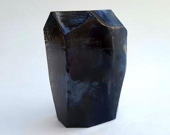 Obsidian Crystal Soap Nutmeg Heliotrope and Bergamot Scent 7 oz bar HUGE!
