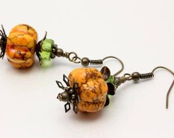 Pumpkin Earrings, Pumpkin Magnesite, Vintage Look, Woodland, Halloween Earrings, Orange Pumpkins, Fall Earrings