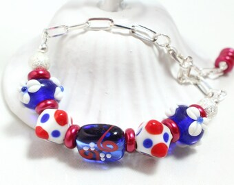 Patriotic Lampwork Bead Bracelet with Chain, Lampwork Bracelet, Fourth of July, Memorial Day