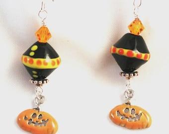 Halloween Earrings, Halloween Jewelry, Jack-o-Lantern Earrings, Lampwork, Enamel