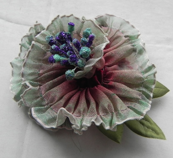 Pale Wine to Mint Green Pleated Ombre Ribbon Flower, Appliqué