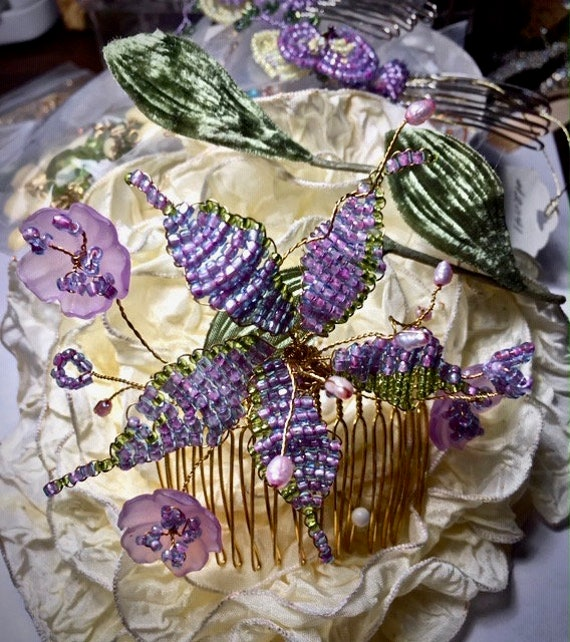 LILAC BEADED HAIRCOMB Vintage lilac beads, Seed perls