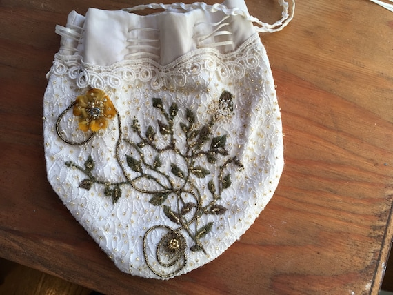 Embroidered Victorian Drawstring Reticule, Beaded Drawstring Pouch, Green Beaded Vines and Flowers, Game of Thrones Cosplay and Costume