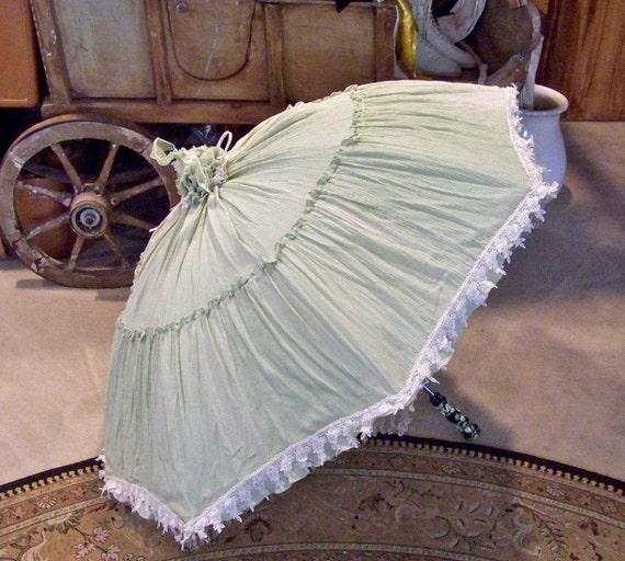 Vintage Green Parasol Lacy Umbrella