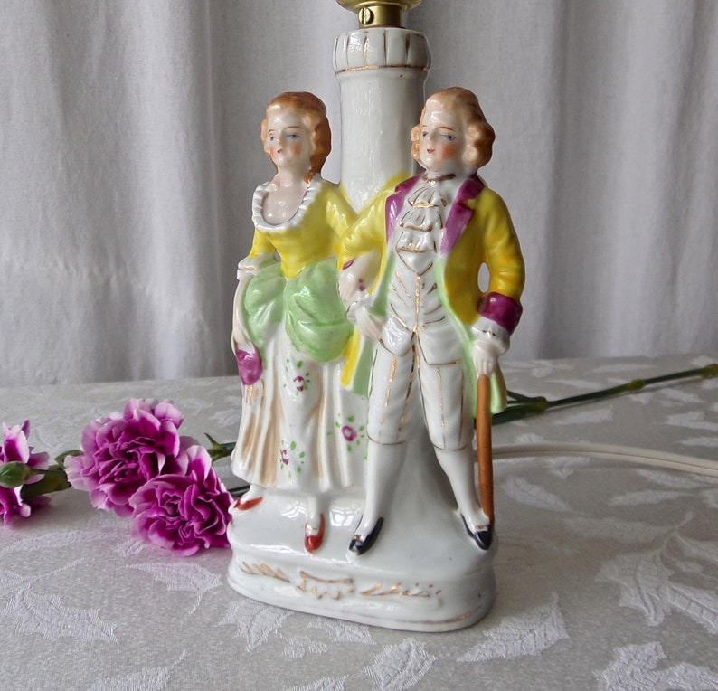Vintage Table Lamp Colonial Couple Mid Century Bedroom Light