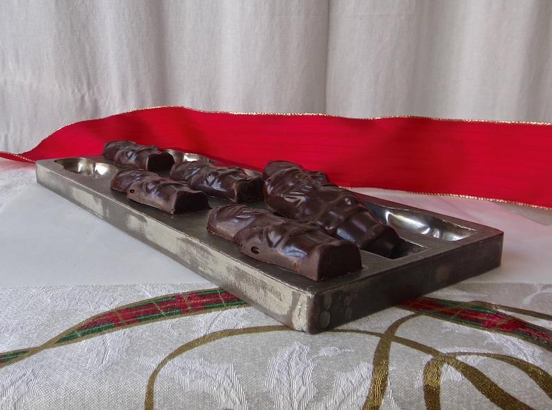 Vintage Chocolate Candy Mold Nine Santas