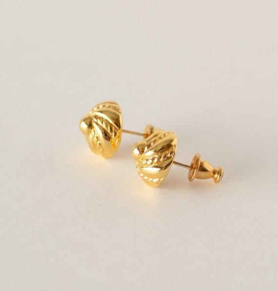 Vintage Monet Gold Swirl Stud Earrings - image 3