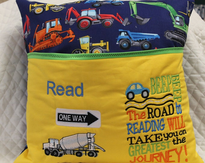 Construction reading pocket pillow