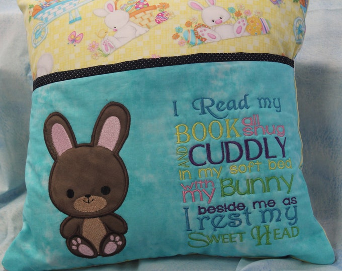 Bunny Reading pocket pillow, yellow, boys or girls, I read my book, appliqued