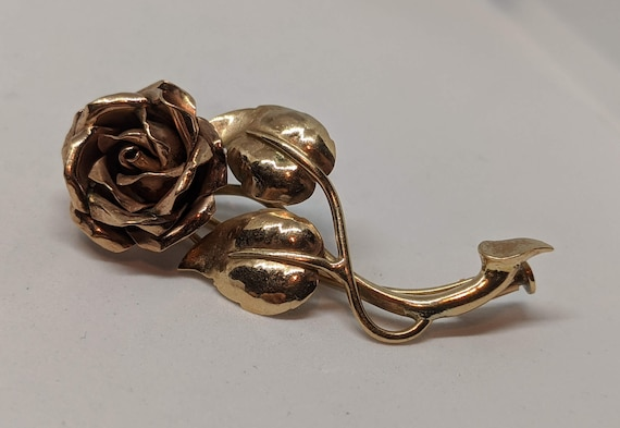 VIntage 10K Yellow and Rose Gold Floral Brooch Ros