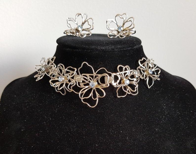5ea4978e7a Coro Silver Flower Choker and Earring Demi-Parure Silver   Etsy