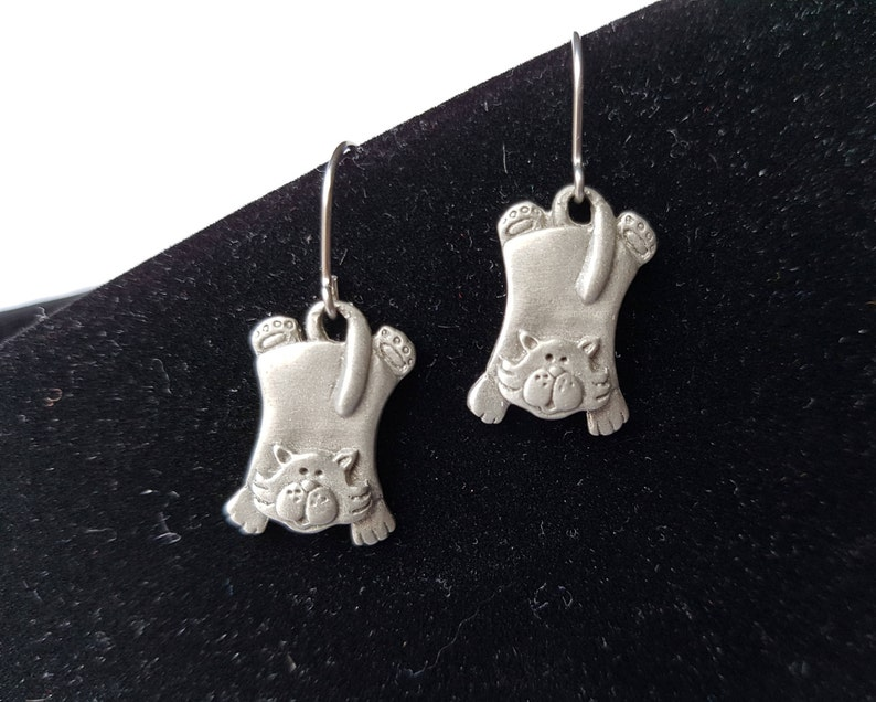 Cat Hanging Cat Earring Kitty Earrings Can Jewelry Kitty Chelsea Cat Earrings, Hanging Pewter Kitty Earrings