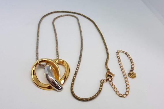 Spectacular Vintage Butler Textured Matte Silver Tone Collar Necklace