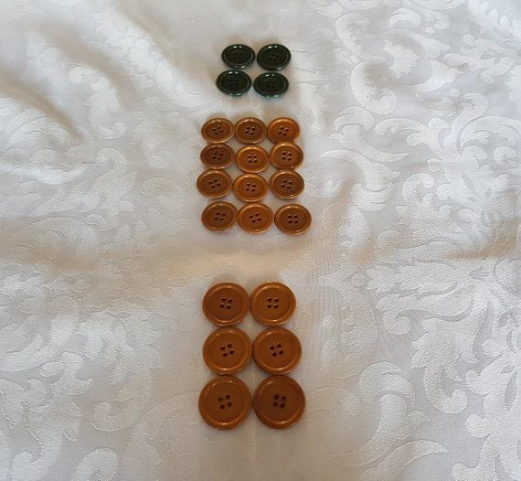 Collection of Bakelite Buttons, 22 Bakelite Button