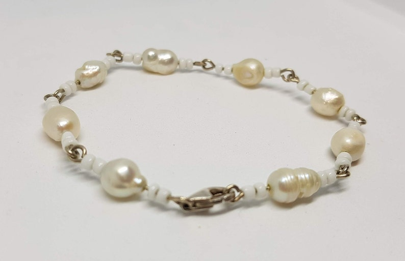 Child/'s Pearl Bracelet with Sterling Clasp 6 Inches