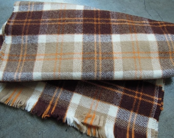 a352aa540f5e VTG des Highlands écossais tissé Pure laine silencieux en brun rouille  blanche Tartan foulard à carreaux des années 1980 des années 80, fabriqué  en Ecosse