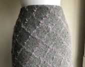 Vtg Fuzzy Wool Mohair blend diamond Plaid Check Woven Pencil knee Skirt Size 10 L Large 90 39 s grey gray lavender lilac woven womens vintage