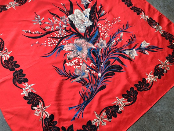 Thai Silk Red Blue Cream Floral Painted Paisley Bo