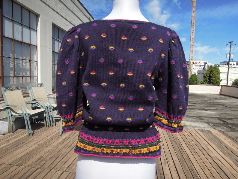 Vtg Cotton Intarsia Knit Dark Navy Blue Short Puff Sleeve Peplum Cropped Cardigan Sweater Blosue Top Size M L 80s 90s does 30s Floral