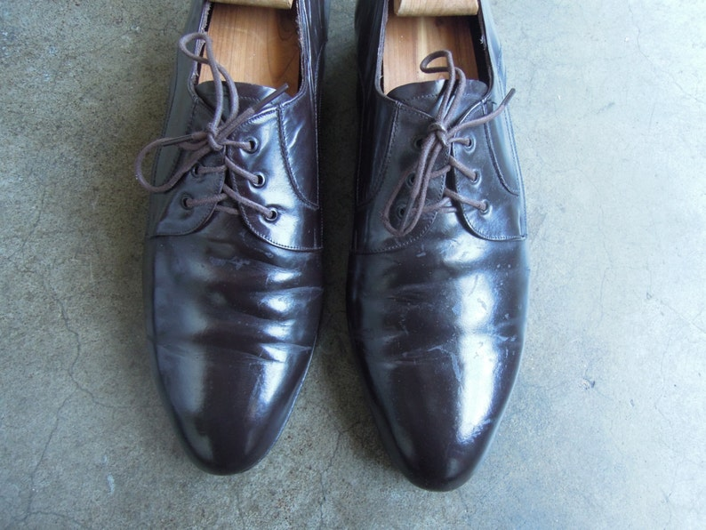 Italian Carrano Shiny Dark Chocolate Espresso Brown Polished Leather LAce Up Oxfords Mens Size 8.5 9 Mod 1960s 60s 1970s 70s vintage retro