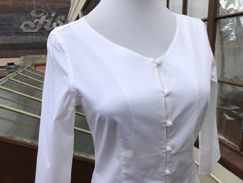 90s Japanese White Cotton Stretch Scoop Neck Button Up Blouse 1990s Long Cropped Sleeve 34 Vintage size S XS Oxford Shirt Top Japan