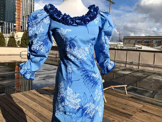Vintage Princess Kaiulani Hawaiian Blue Cotton Fer