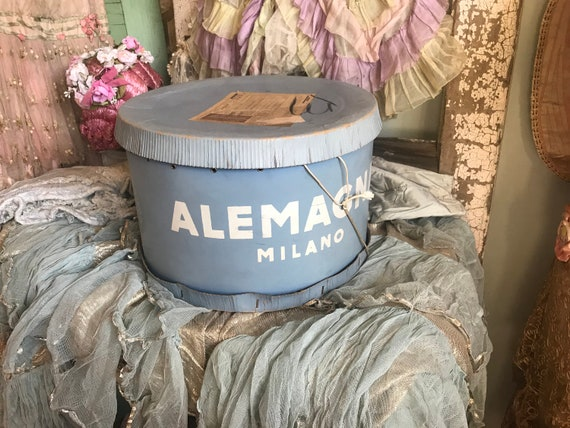 Shabby Chic Vintage Milano.Huge Vintage Hat Box Shabby Chic Fades Blue Italian Alemagna Etsy