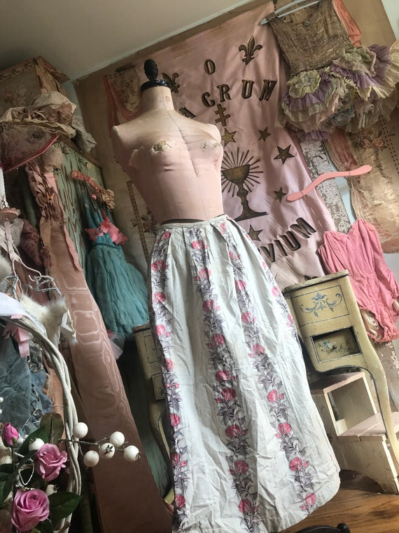GORGEOUS Chic Pink Victorian Skirt Antique J51 Floral Print Shabby rrO6qf