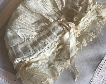 Antique Delicate White Semi Sheer Girls Bonnet Ruched Ruffled Embroidered Trim Silk Ribbonwork N136