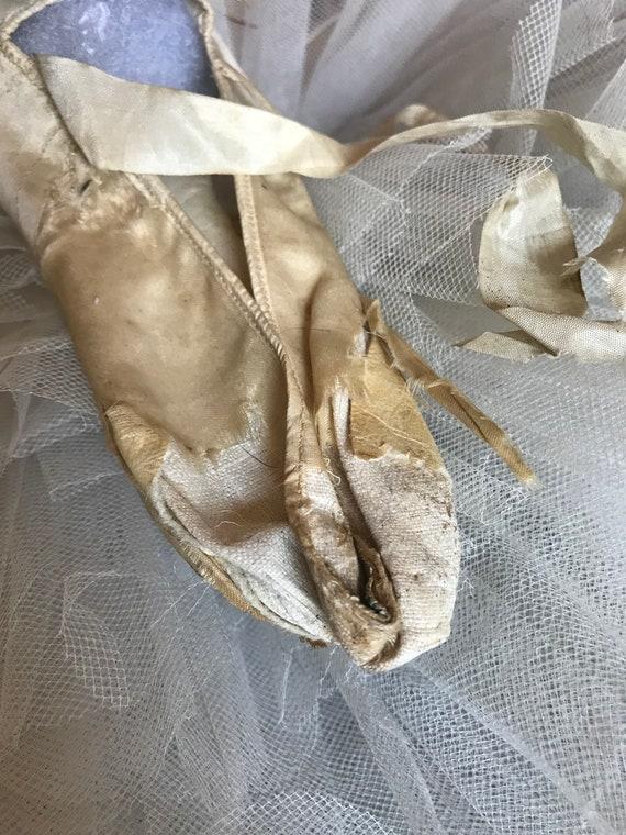 Silk Label Ribbons Wedding Original Large Single Shoes Shoe Womans Cream Rosette Antique q1TS7T