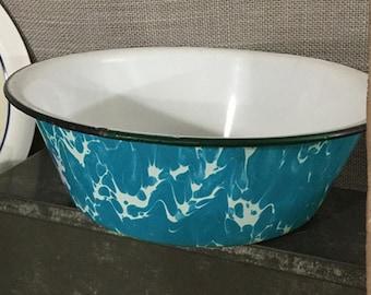 Graniteware Bowl in Robin's Egg Blue