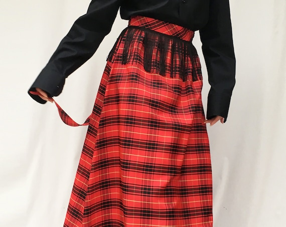 Tartan Taffetà Long Skirt LOLA DARLING Black Fringes and Band Bell in Waist Unique Piece Renewed from Vintage Garment Handmade in Italy