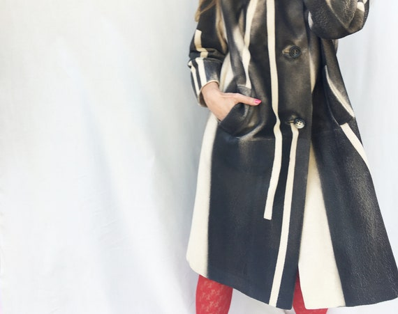 Best Hand Painted Graphic Cashmere Coat LOLA DARLING Black/White Sartorial Woman Overcoat Wearable Art Jacket Italian Sustainable Couture