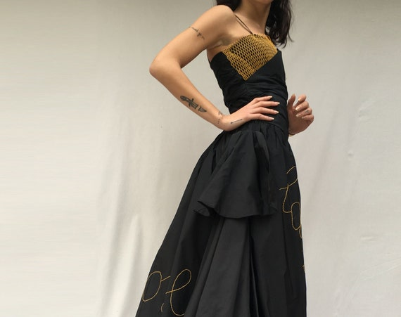 Black Taffettà Silk Embroidered Long Dress LOLA DARLING Italian Lyrics Song Hand Embroidered and Recycled Plastic Net Accessorie / Sartorial