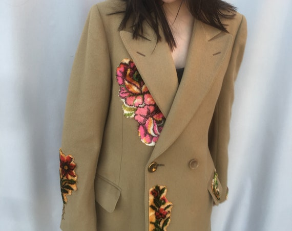 Double-breasted Wool Beige Coat Tapestry Embroidered LOLA DARLING Printed Lining Man Woman Recovery Sustainable Unique Italian Couture