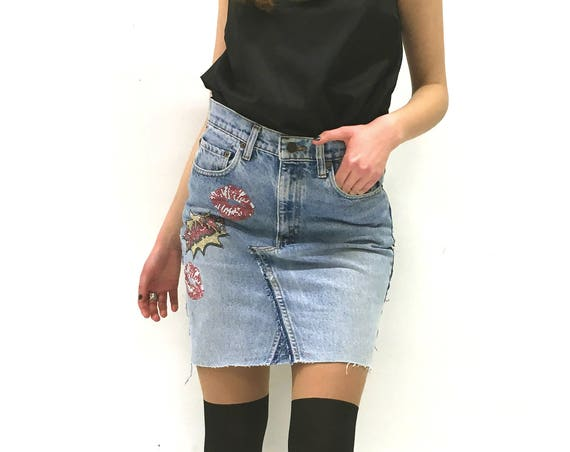 Mini Denim LOLA DARLING Skirt Pencil Midi Vintage Recycled Levi's Jeans, Studs Pop Smack Kiss, Unique Limited Edition Made in Italy