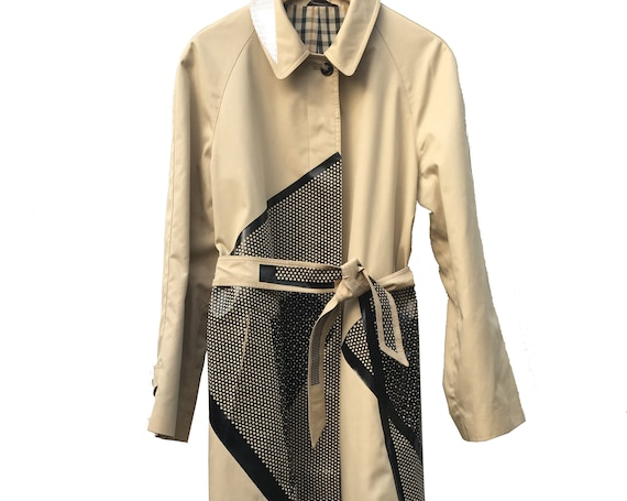 Beige Graphic Print Trench Coat LOLA DARLING Black Design Jacket Gender Fluid Clothes Reversible Unique Sustainable Haute Couture. Vintage