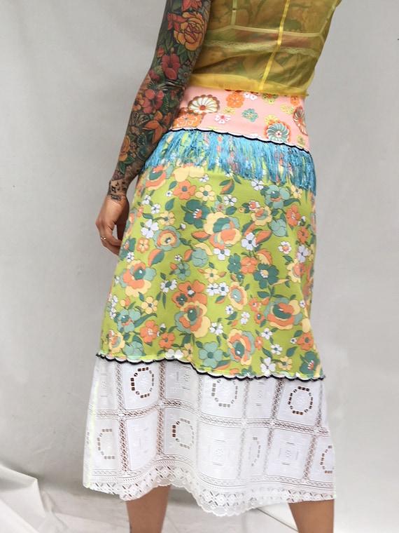 Patchwork LOLA DARLING Skirt. Floral 60s Vintage Fabrics, White Plastic Lace, blue Fringe  Longuette Skirt