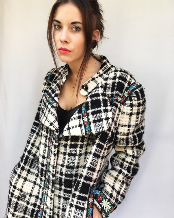 Black/White Tartan Coat LOLA DARLING with Tyrolese Vintage Trimmings Double-breasted Overcoat with Double Neck from Vintage not Used Garment