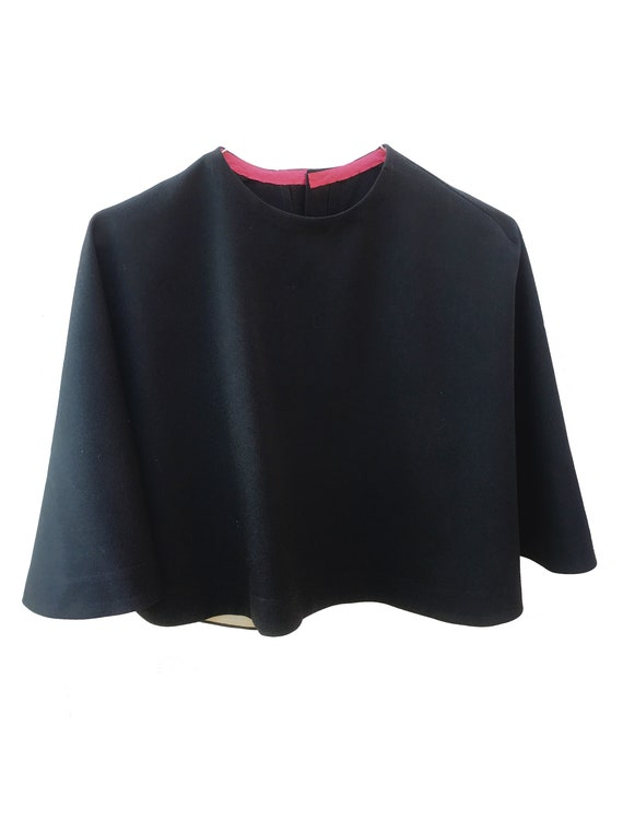 Short Nun Style Shrug Cape in Black LOLA DARLING Sustainable Fashion Couture