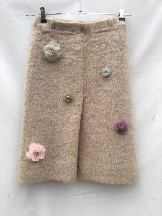 Gonna Mohair A Style  Mohair con fiori in tessuto applicati