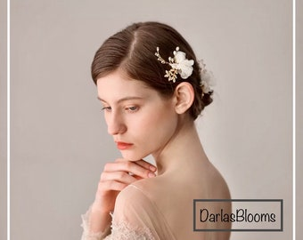 Bridal hairpin, Wedding hairpiece, Gold rhinestone hairpin, Rhinestone pearl hairpin, Wedding hair accessory, Floral hairpiece,