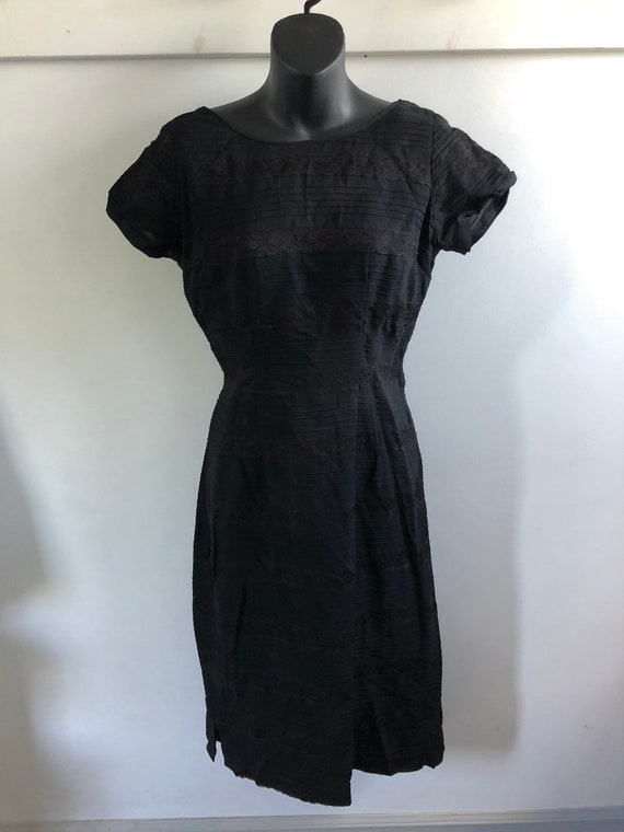 Vintage 1930s 1940s Black Lace and Crepe Dress Swi