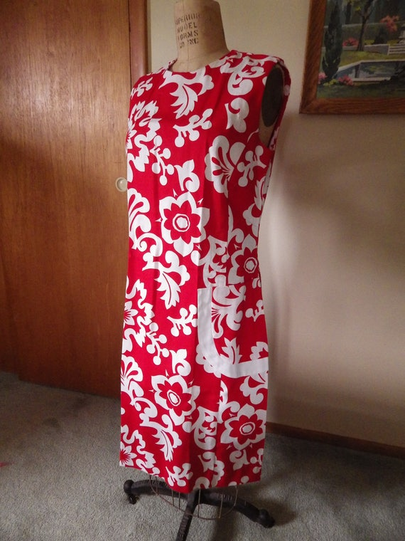 Lovely Vintage Red and White Hawaiian Cotton Dres… - image 7
