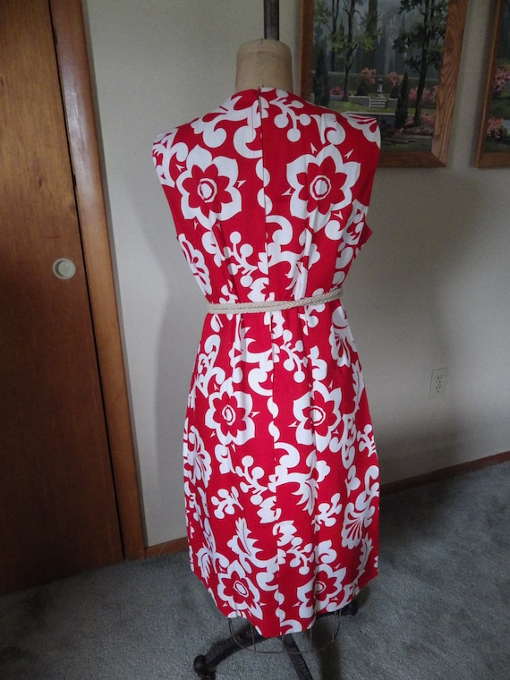 Lovely Vintage Red and White Hawaiian Cotton Dres… - image 4
