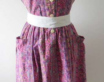 Vintage 1950s Cotton Tea Dress in Pink & Purple Floral/Stripe (UK SIZE 14 - 16)