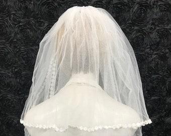 "18/"" Single Tier Communion Veil with Daisy Cross"