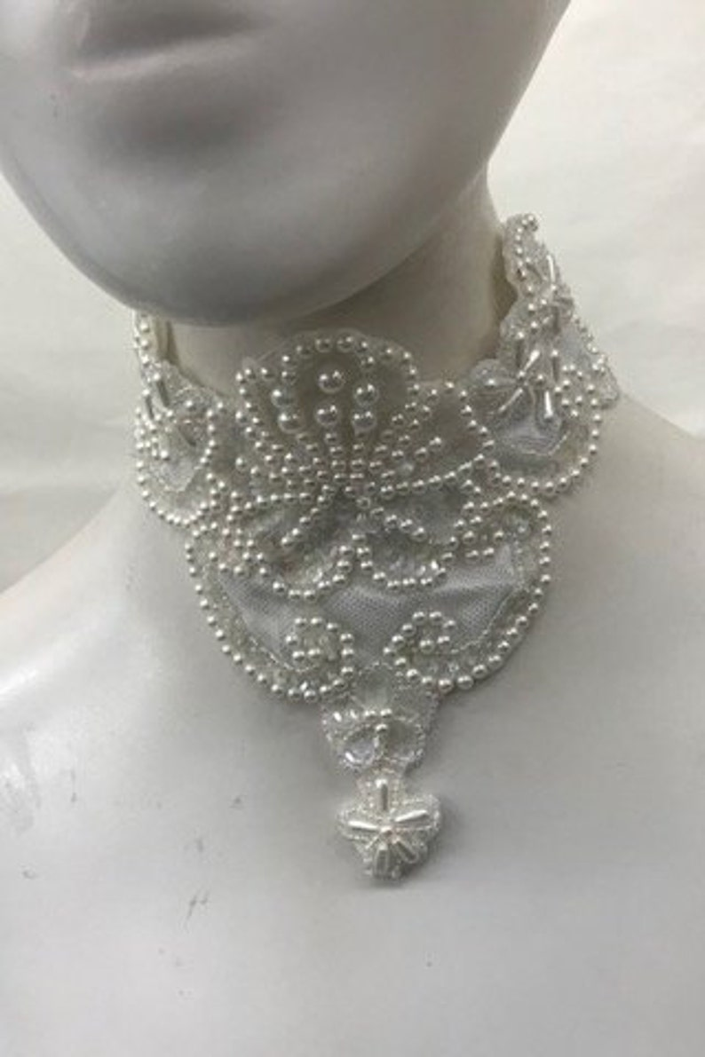 Bridal Choker w Off White Pearls /&  Iridescent Glass Beads and Sequins Hand Sewn Wedding Necklace Vintage Choker w Hook and Loop Clasp
