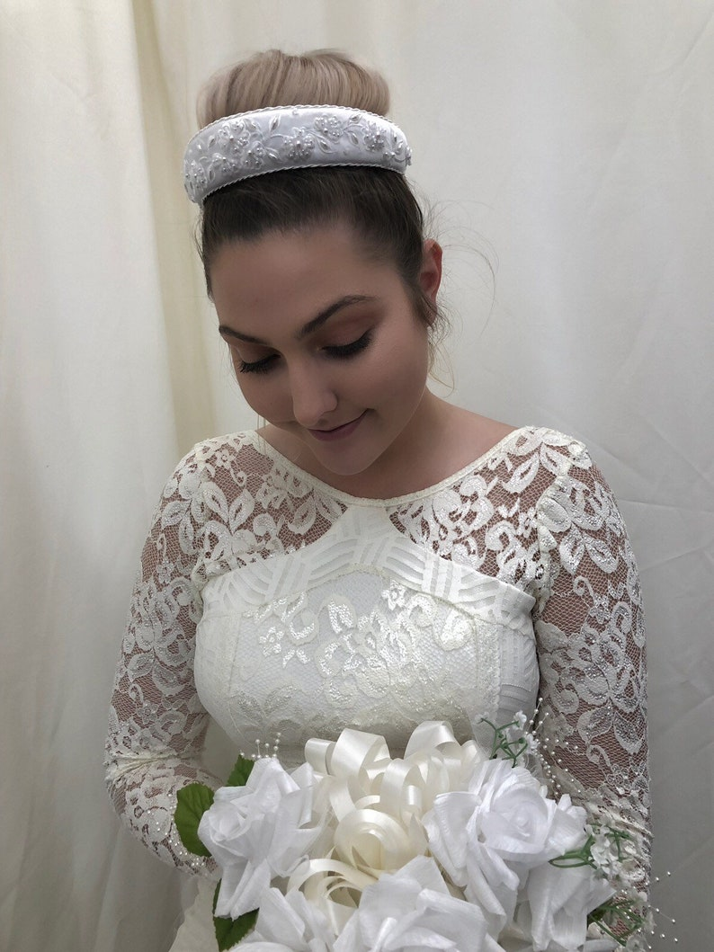 Simply Beautiful,Perfect for Weddings! Bridal Wedding Headpiece In White Satin w Embroidered Regal Design With Clear Beading /& Pearls