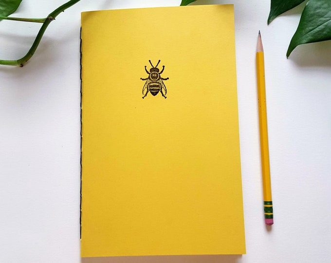 Garden Journal - HoneyBee in Yellow - Gardening Journal - Planting Diary - Plant Lady Journal - Harvest Tracker - Bees - Honey Bee